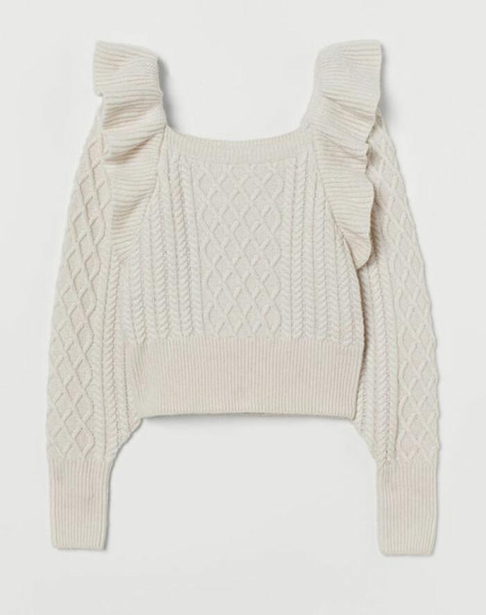 Stickad beige tröja med volang från H&M