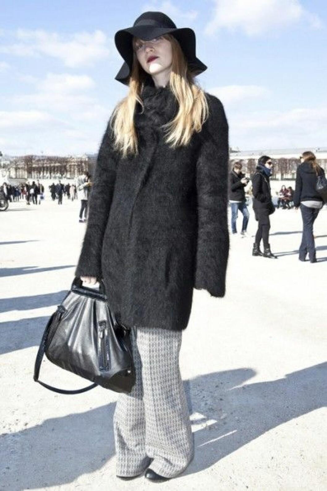 Hatt under Paris Fashion Week, A/W 2010.