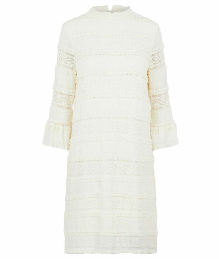 Benvit spetsklänning från Pieces