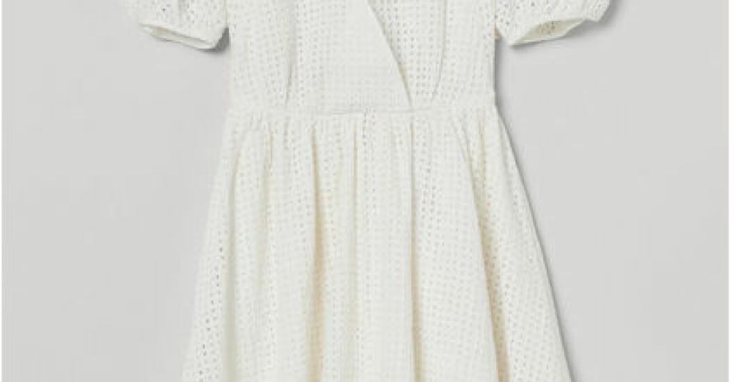 Vit klänning student i omlott från H&M