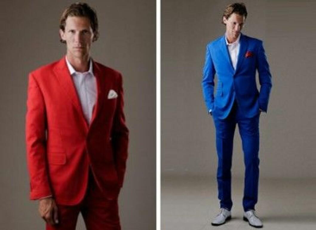 """Färgglada kostymer från Suitopia. Den röda var med i """"The Hunger Games""""."""