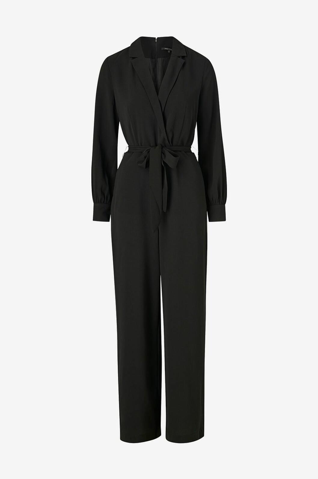 Svart jumpsuit som passar festen för dam