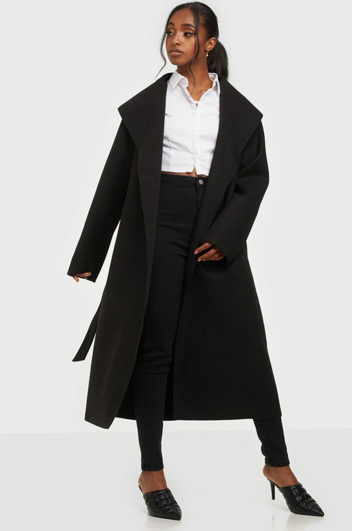 svart-kappa-nly-trend