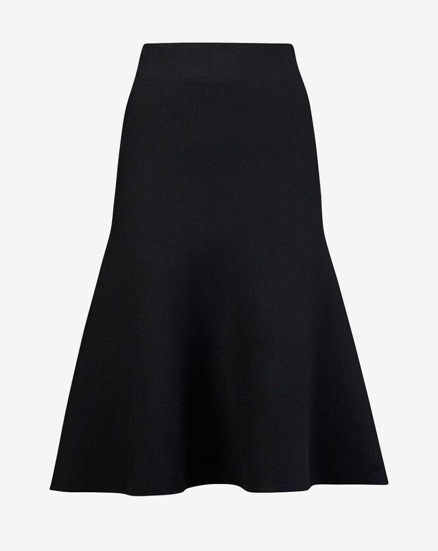 Svart finstickad kjol till hösten 2018