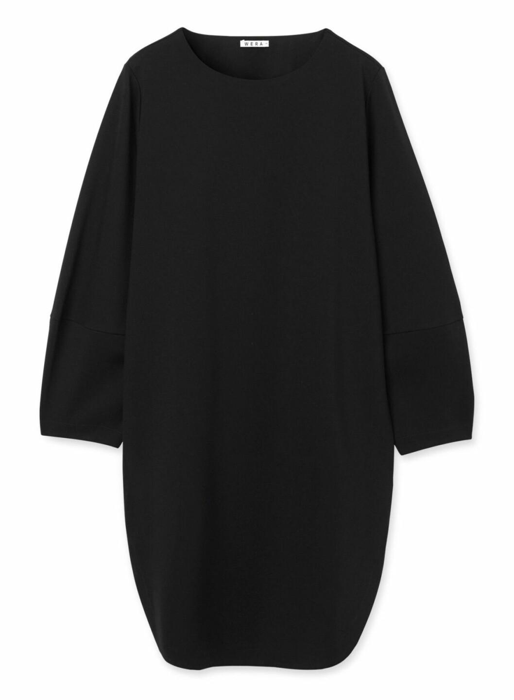 Svart klänning för dam till hösten 2019