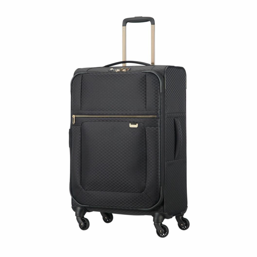 Svart resväska i mjukt material