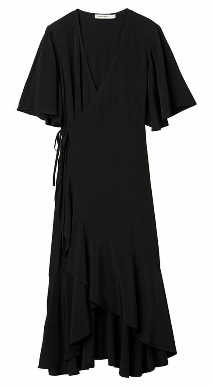 svart omlottklänning