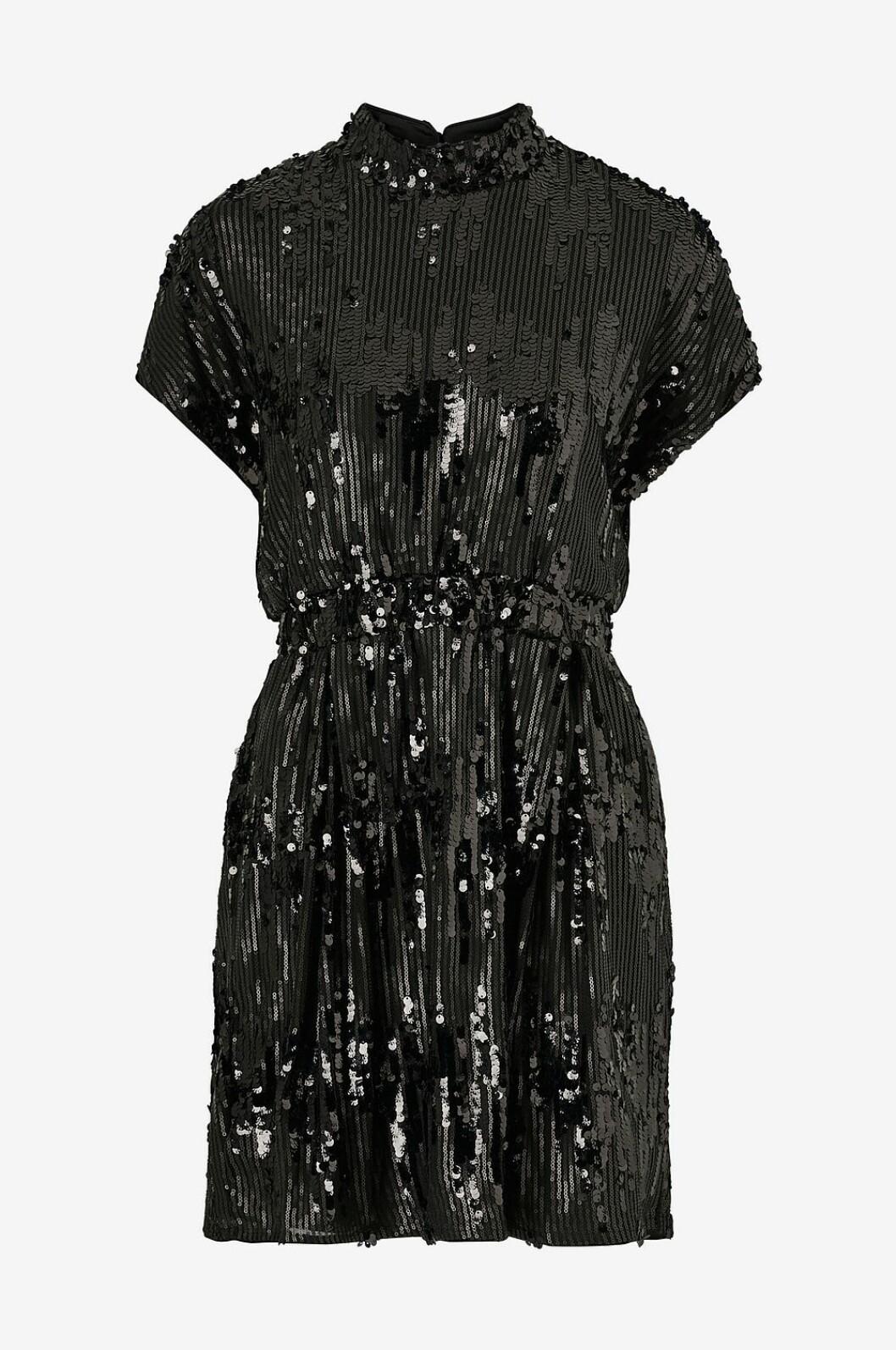 Svart paljettklänning med hög krage för dam till nyår 2019