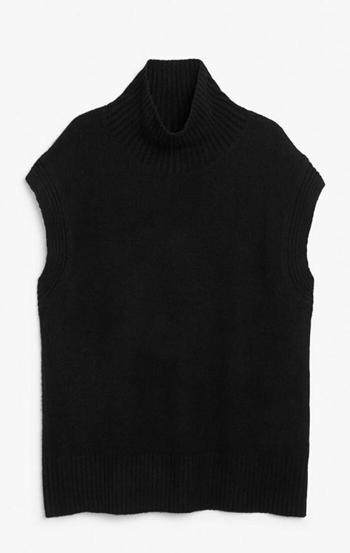svart-stickad-vast