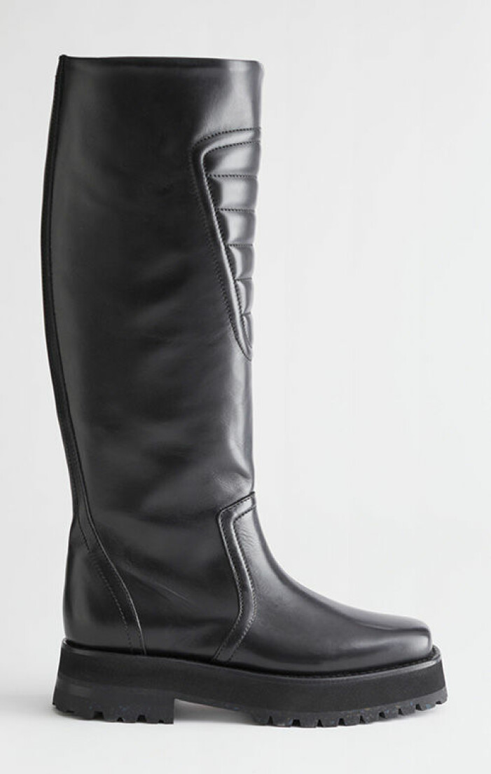 svarta-boots-&other-stories
