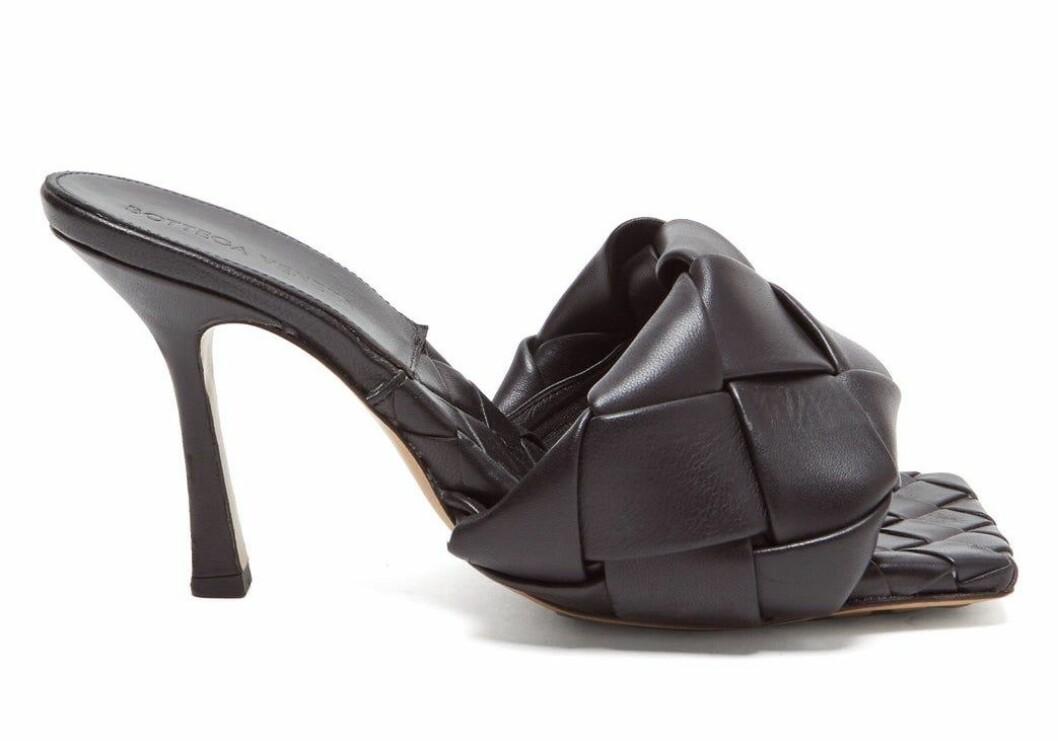 Bottega venetas populära skor i svart