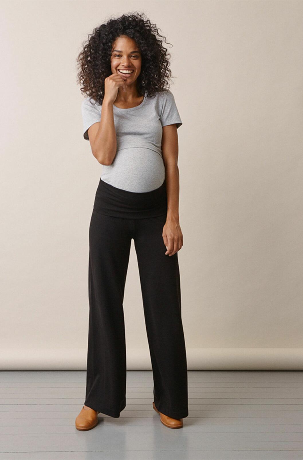 Svarta gravidbyxor med vida ben till 2020