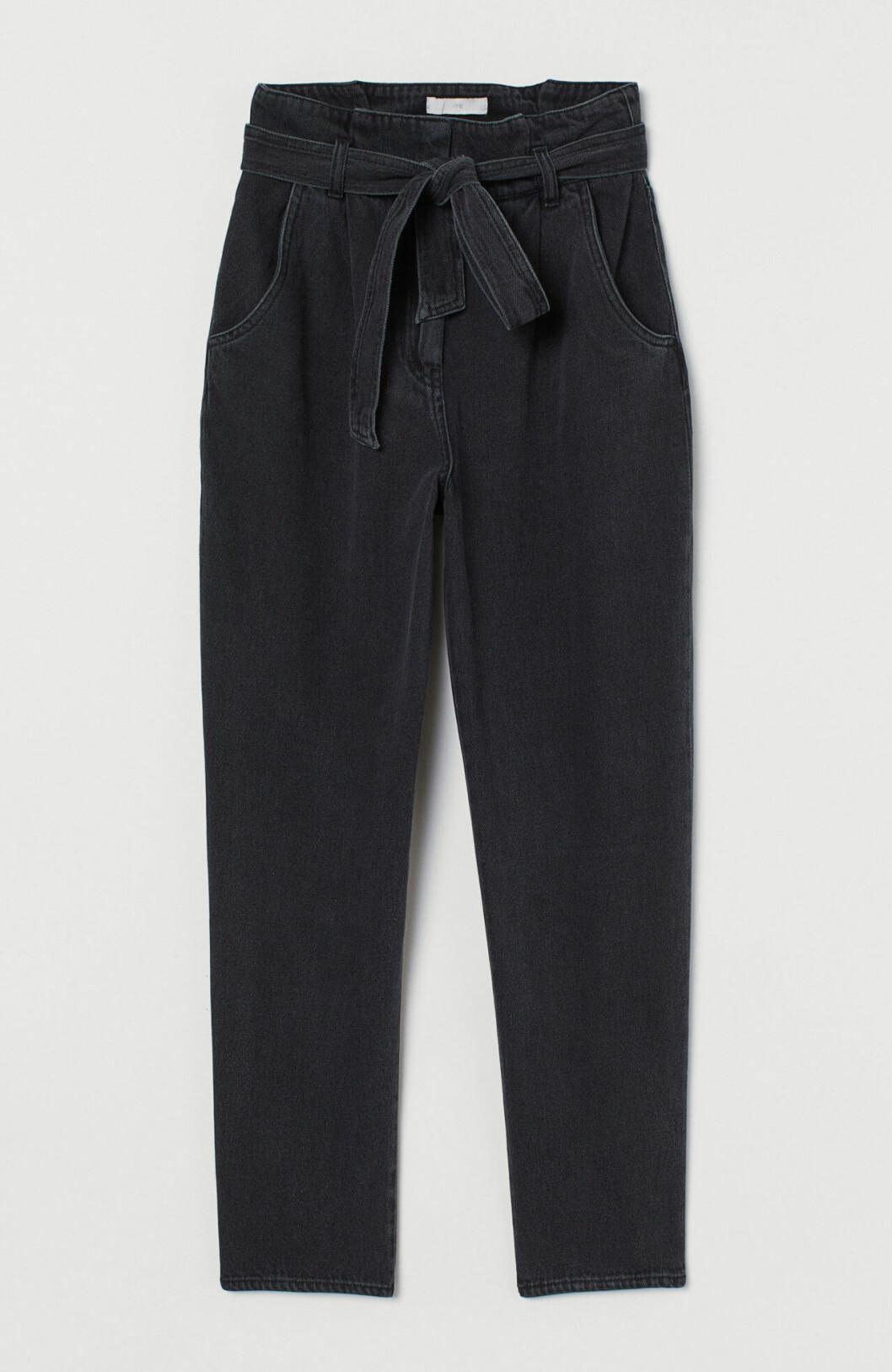 Svarta jeans med hög midja för dam till våren 2020