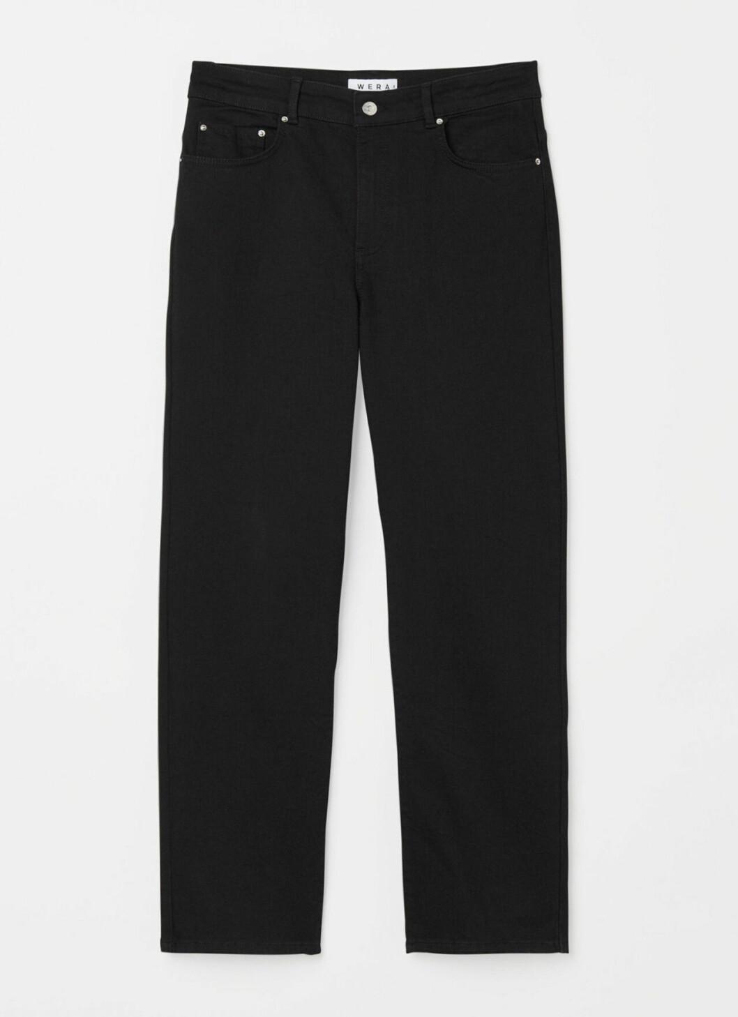Svarta jeans för dam till våren 2020