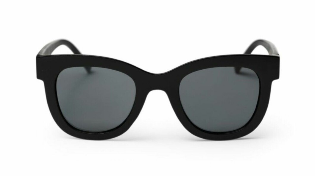 Svarta solglasögon med stora bågar för dam till 2020