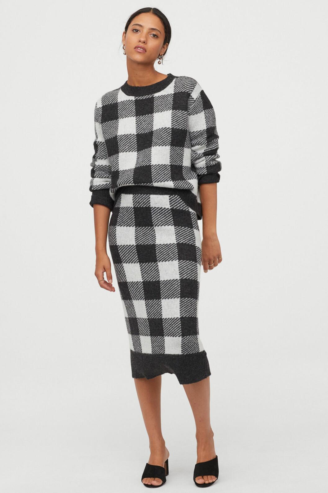 Rutig stickad kjol för dam till hösten 2019