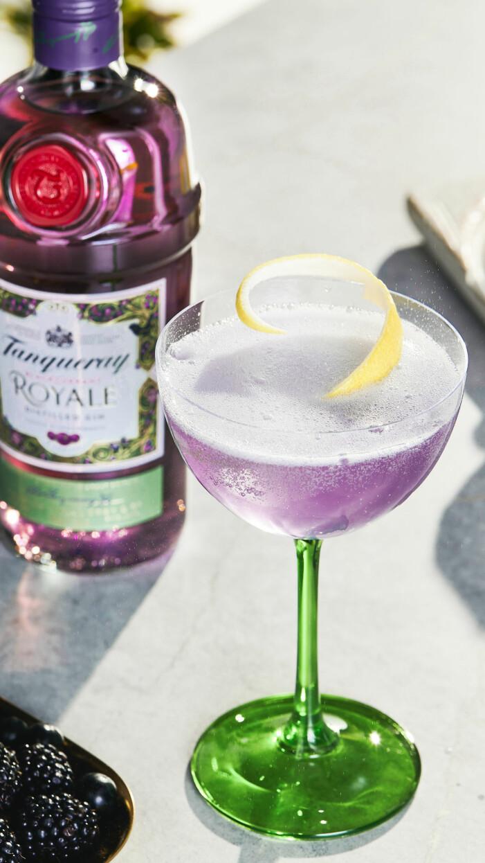 tanqueray lila gin och drink