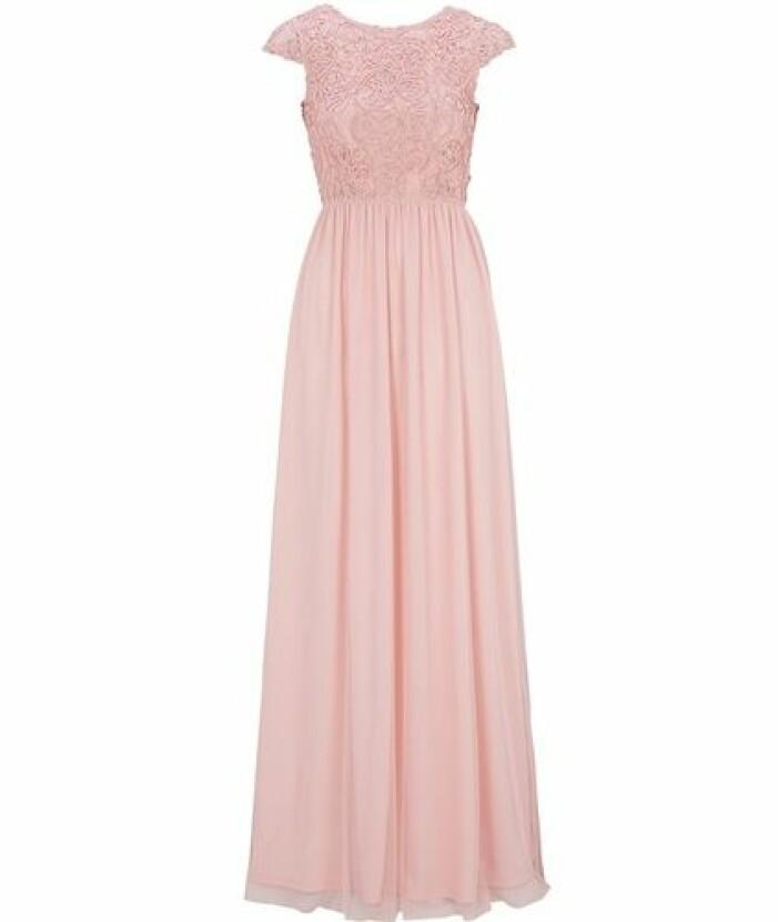 Rosa långklänning brudtärna med djup rygg