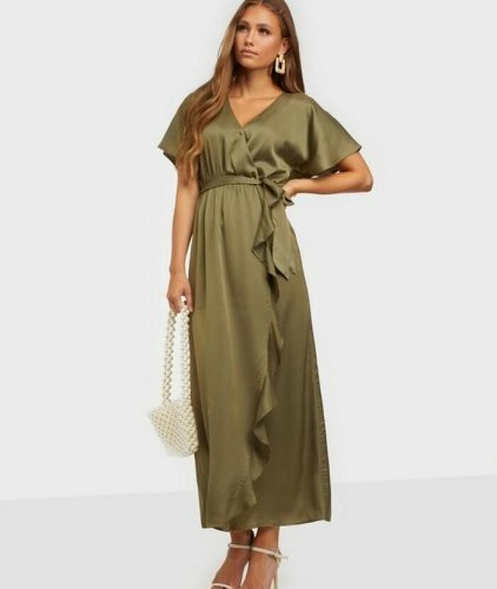 Grön klänning i omlott