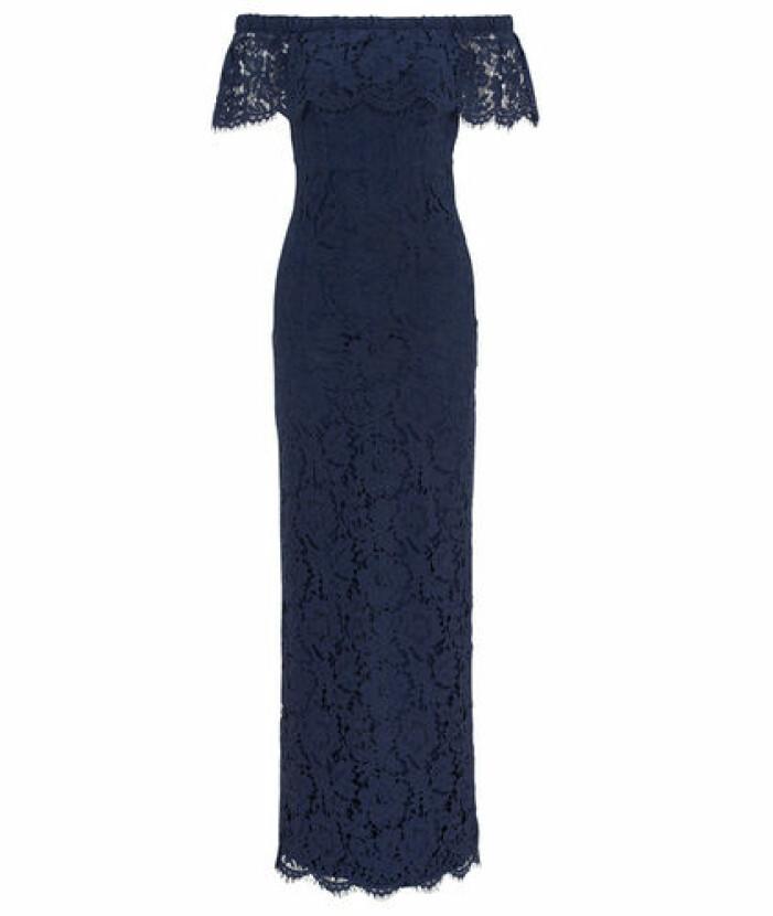 Spetsklänning mörkblå brudtärna