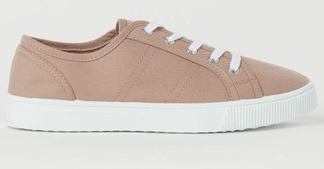 låga beiga sneakers från H&M