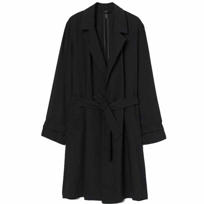 Svart knälång kappa med bälte från H&M
