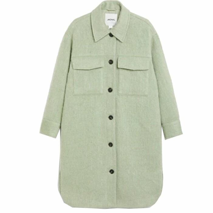 Grön kappa från Monki i skjortmodell