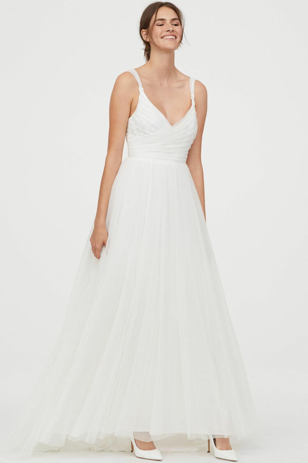 Billig vit brudklänning i tyll till 2020