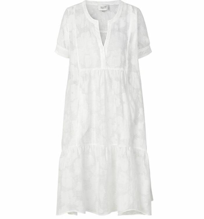vit klänning second female