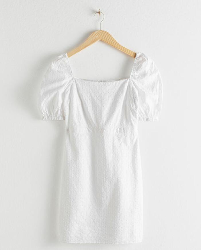 vit kort studentklänning 2021