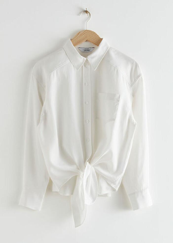 Vit oversized skjorta med knytning från & Other Stories