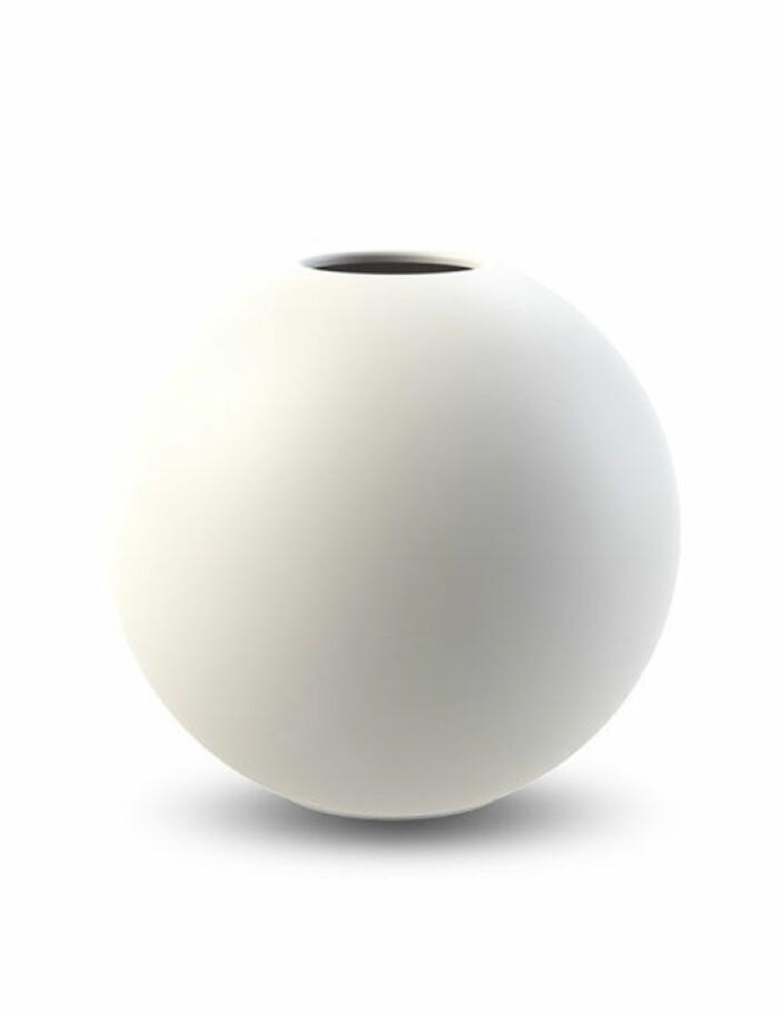 vit rund vas cooee design