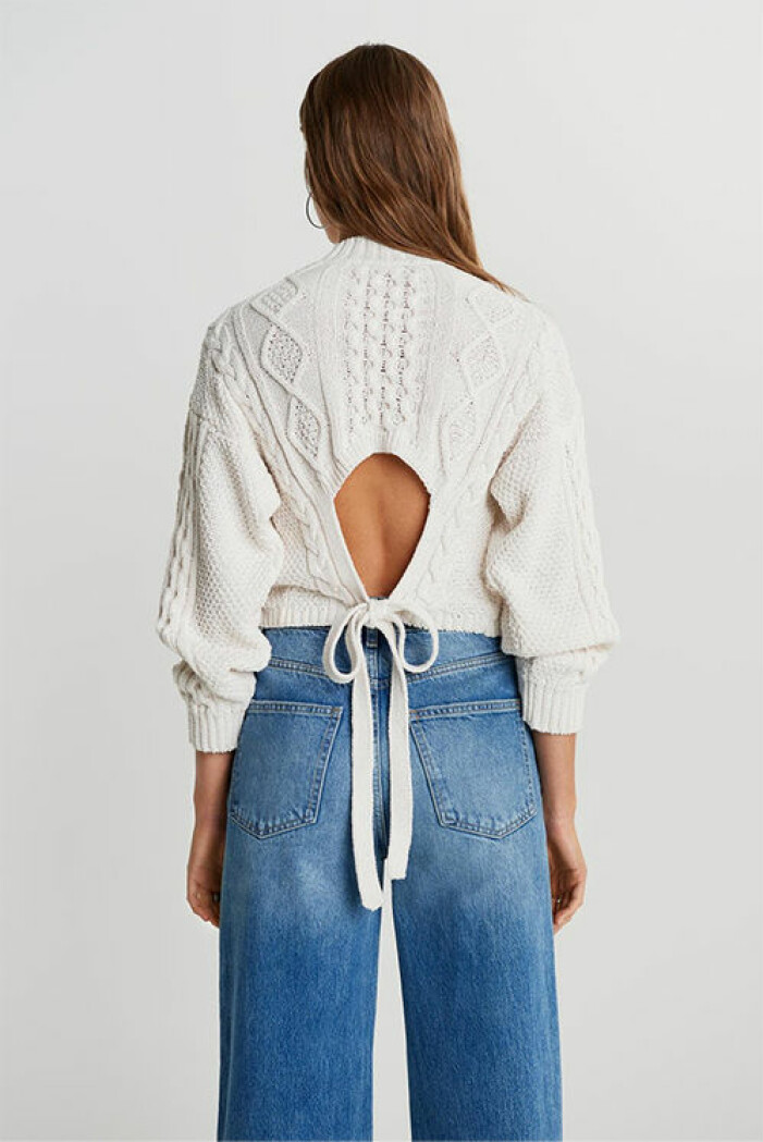 Vit stickad tröja från Gina Tricot