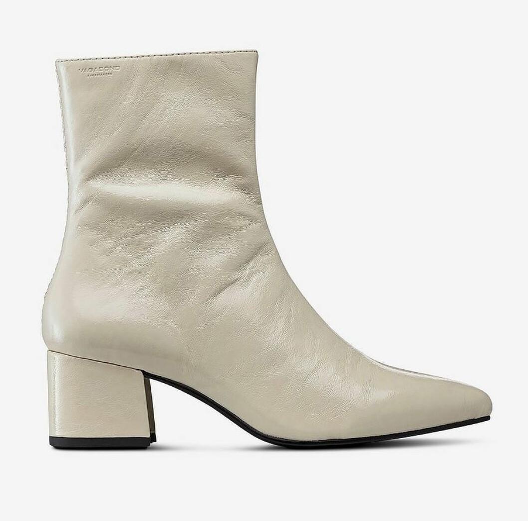 Vita boots, vårskor, för dam till våren 2019