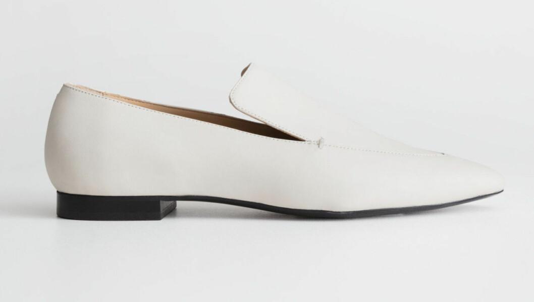 Vita loafers till hösten