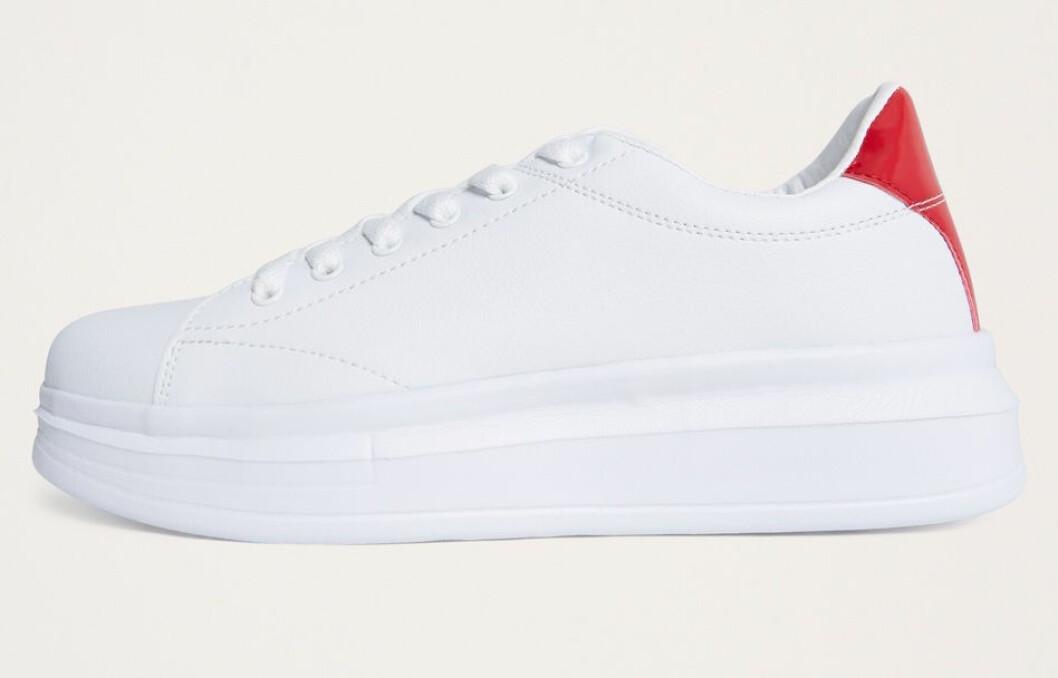 Vita sneakers till hösten