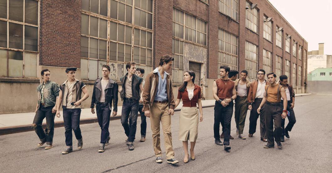 Ansel Elgort och Rachel Zegler i West Side Story